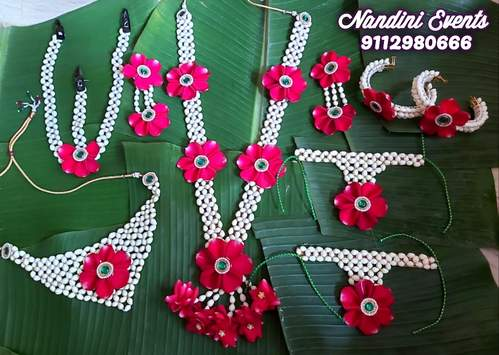 Beautiful Fresh Flower Jewellery  Real Flower Jewellery In Pune