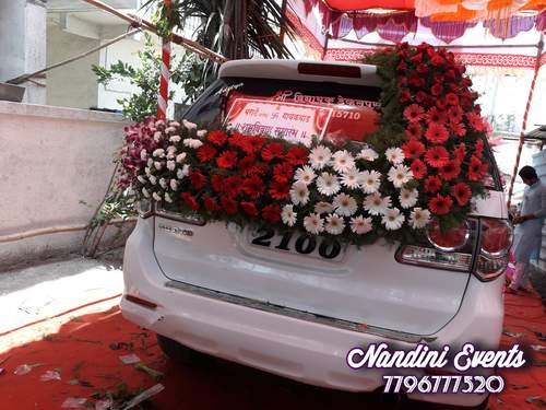 Extravagant floral wedding car decoration